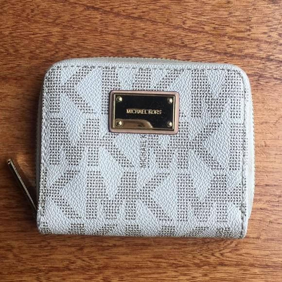 9ec9649bd682b0 Michael Kors Bags | Small Zipper Wallet White Gold Mk | Poshmark